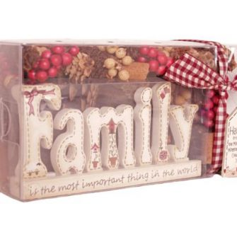 Pot Pourri Gift Box with 'Family' Plaque