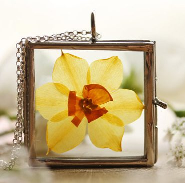 Pressed Daffodil Necklace