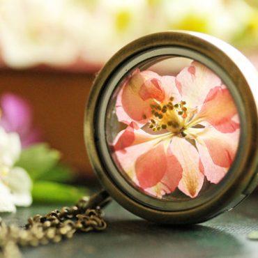 Pink Flower Round...