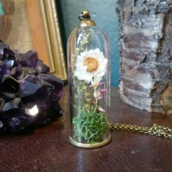 Ruby Robin Tall Flowers Balljar Necklace