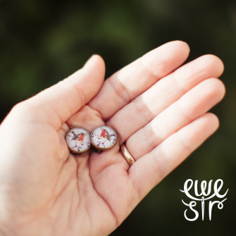 Ewesir Ear Stud Robin Earrings